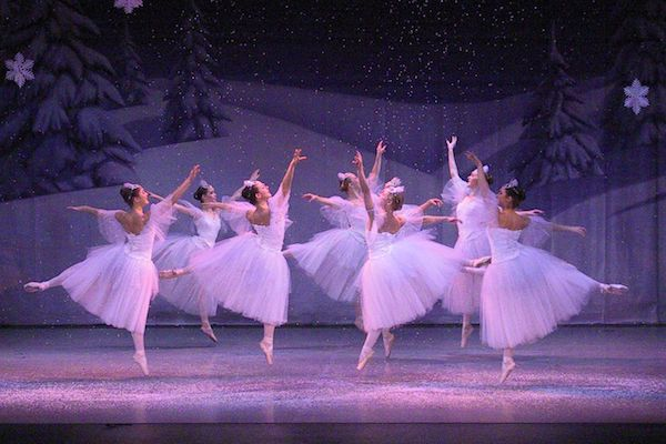 Waltz of the Snowflakes 2003